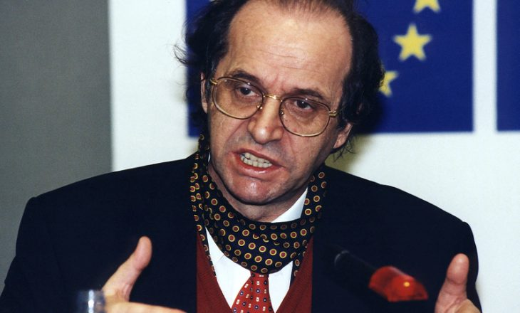Televizioni francez në vitin 1989: Vetëm Rugova rrezikoi të fliste me ne