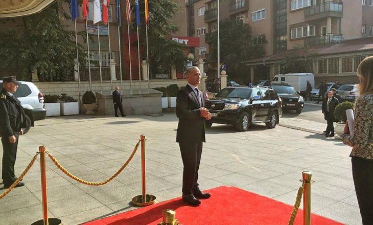 Nuk është Behgjet Pacolli – AKR konfirmon kandidatin për Prishtinën