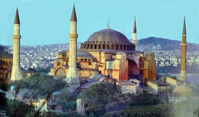 """Turqia rihap kishën """"Shën Sofia"""", e drejtë që na është dhënë nga sulltani"""