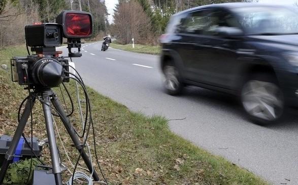 Sigurimi i veturës për ballkanasit 50 përqind më i shtrenjtë se për zviceranët