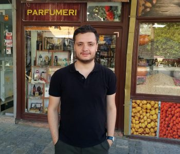 Siriani që u largua nga Aleppo e Sirisë diplomoi në UBT