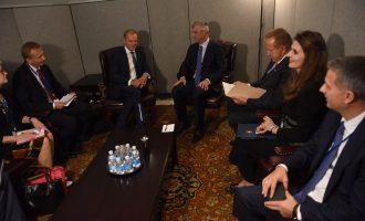 Thaçi takohet me presidentin e Këshillit Evropian, tregon çfarë biseduan