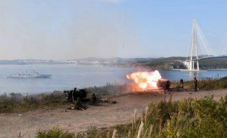 Edhe Rusia e Kina e tregojnë forcën ushtarake në Paqësor