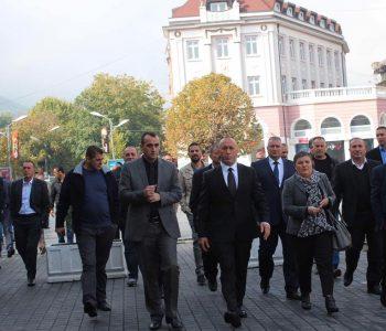 Kryeministri Haradinaj emëron këshilltar një të dyshuar për lidhje me krimin