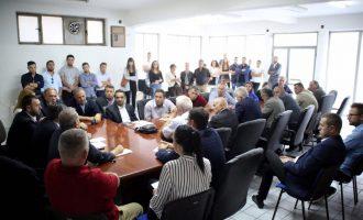 Shuhen zërat se Ismet Beqiri është kundër Arban Abrashit – bashkë kërkojnë vota