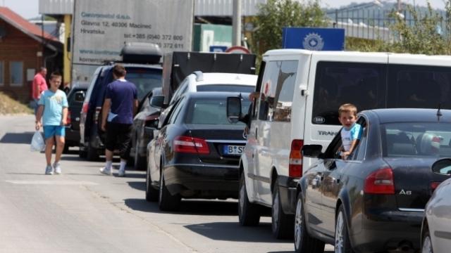 Pika kufitare në Merdare nga sot do të ketë ndërprerje të trafikut