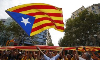 Shtohet numri i policëve në Katalonjë