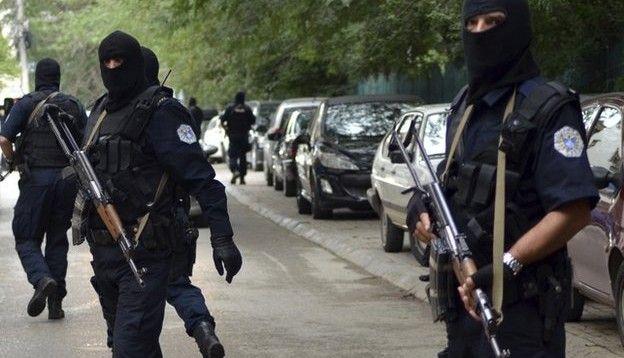 Policë dhe zyrtarë të AKI-së rrihen në veri të Mitrovicës