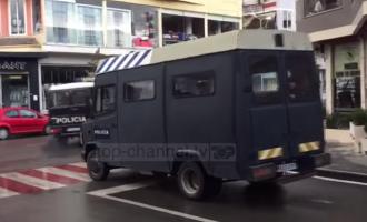 """Forcat speciale """"pushtojnë"""" Elbasanin pas incidentit me policinë"""