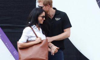 Princi përkrah aktores amerikane gjatë vizitës në Kanada