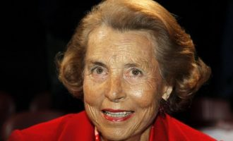 Vdes gruaja më e pasur në botë