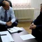 """Zv/kryeministri Gashi zotohet për zgjidhjen e një """"problemi"""""""