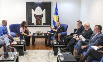 Haradinaj zotohet për trajtimin institucional të grave të dhunuara gjatë luftës