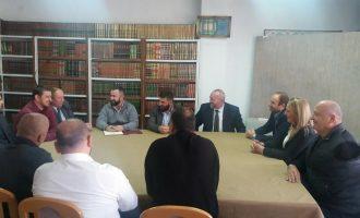 Sabiha Shala takohet me përfaqësuesit e Bashkësisë Islame në Pejë