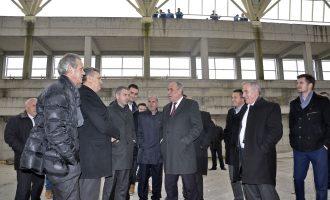Përgjigja e Rugovës rreth akuzave se palestra e sporteve është ndërtuar mbi varreza
