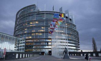 Brukseli do ta ndihmojë Kosovën nëse vendos për veting