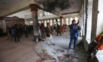 Vetëvritet me bombë në mes të xhamisë
