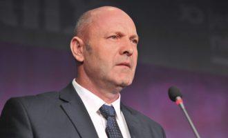 Zv/ministri Xhemajlaj ofendon gazetarët: Spiunët e tradhtarët e kombit po bëjnë punën që e kanë profesion