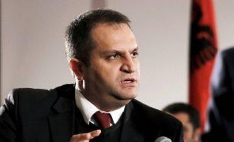 Dyshimet e Ahmetit në rinumërimit e votave