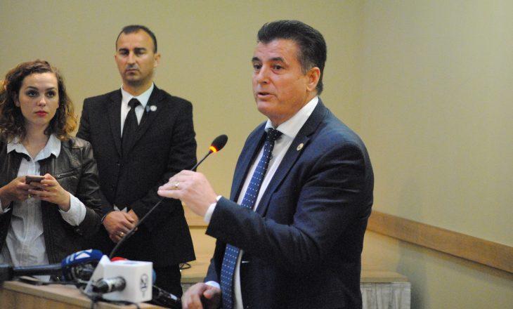 Agim Bahtiri pretendon se të gjitha partitë duan koalicion me të