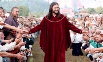Njihuni me rusin që pretendon se është Jezusi dhe ka mijëra adhurues