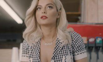 """""""Meant to Be"""" – videoklipi i këngës së re të Bebe Rexhës"""