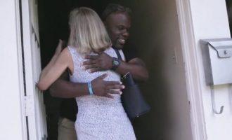Miqësia e pazakontë: Takon njeriun që e kishte qëlluar me revole para 26 vitesh