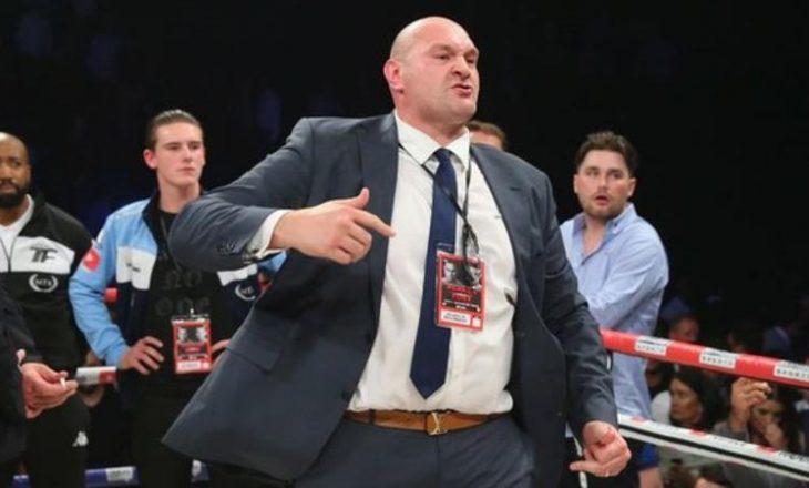 Tyson Fury i rikthehet boksit