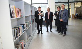 Mbi 80 mijë tituj të librave janë duke u bartur në Bibliotekën e re të Gjilanit