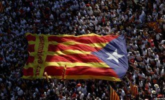 Dy separatistë katalanas në paraburgim
