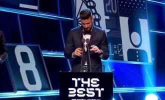 Goli i Giroud zgjedhet më i miri i vitit nga FIFA [video]
