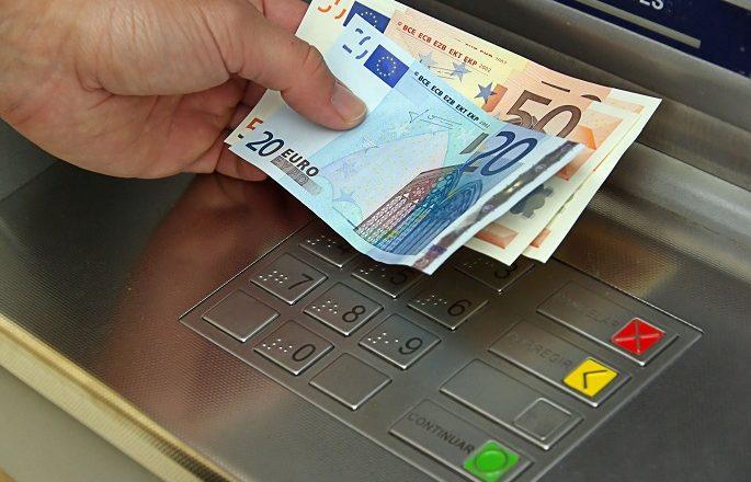 Ligji që garanton paga të njëjta për punë të njëjta pritet të miratohet tek në vitin 2018