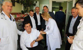 Lutfi Haziri: Së shpejti fillojmë me ndërtimin e Qendrës së Mjekësisë Familjare në Llashticë