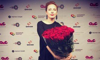 Theret me thikë në fyt gazetarja e njohur në Moskë