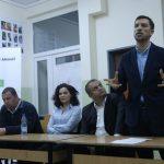 """""""Komuna e Prishtinës, e vetmja pa aferë korruptive"""" – Sejdiu e Ahmeti kërkojnë vota në Prugovc"""