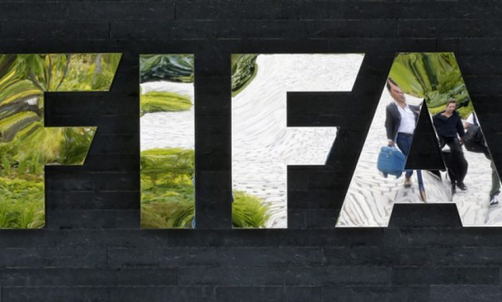 Skandali i FIFA-s: Fillon procesi gjyqësor për tre ish-zyrtarë të lartë