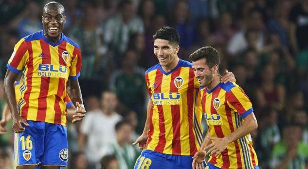 Talenti spanjoll i kërkon klubit ta pranojë ofertën e Manchester United