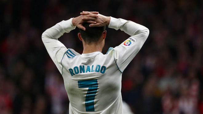 Çfarë është duke ndodhur me Ronaldon? Portugezi u tejkalua nga mbrojtësi i Atleticos [Video]