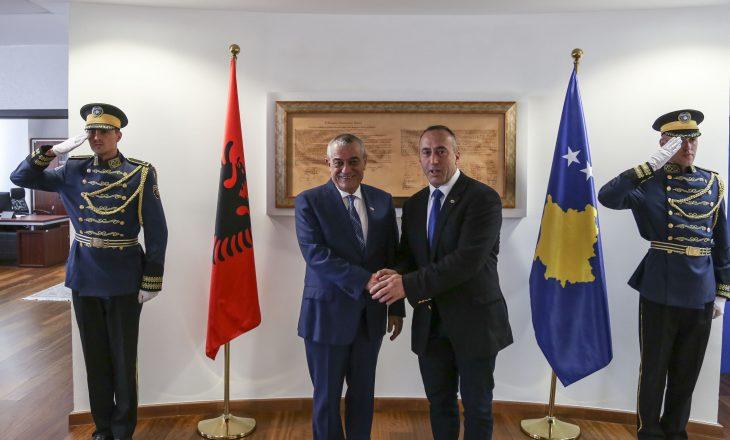 Ruçi i kënaqur me përfaqësimin e komuniteteve në Qeverinë e Kosovës