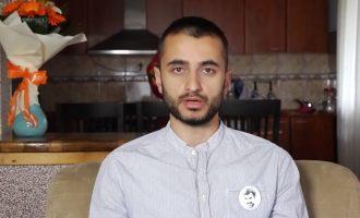 Nëna e Atdhe Arifit: Unë do të shkoj në vend të tij në demonstrata