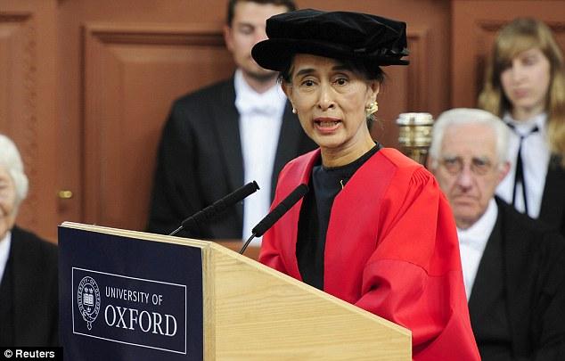 Oksfordi i merr mirënjohjen lideres së Mianmarit, Suu Kyi
