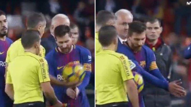 Mësohen fjalët që ia tha Messi gjyqtarit të ndeshjes pasi nuk iu pranua goli [Video]