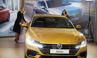 """Porsche Kosova"""" në Qendrën Tregtare """"Albi Mall"""" ka prezantuar VW ARTEON dhe VW POLO"""