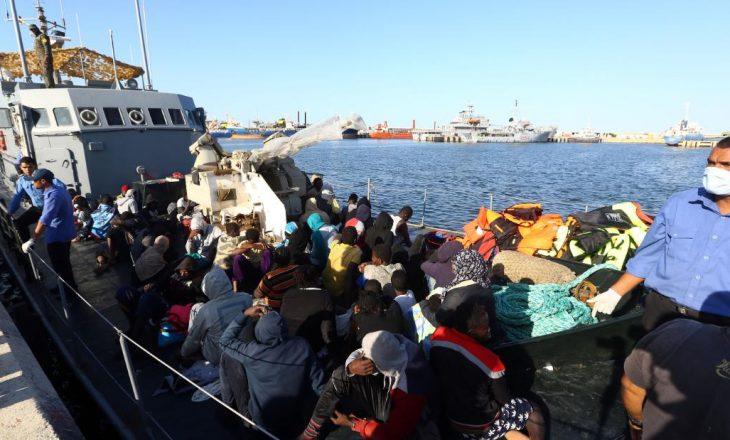 Skllavëria Moderne – Njerëzit në Libi shiten sikur mallrat