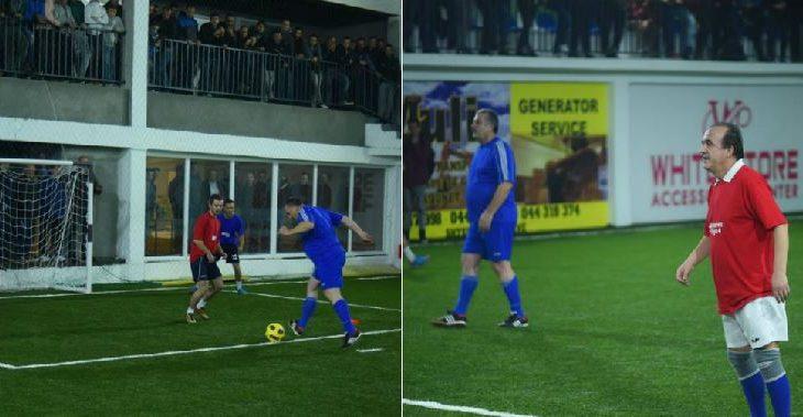 """Veliu """"aktivizohet"""" para fushatës – luan futboll me Naim Abazin e Afrim Muqiqin"""