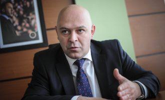 Përfundon gjithçka në Gjakovë: Ardian Gjini është kryetar i ri