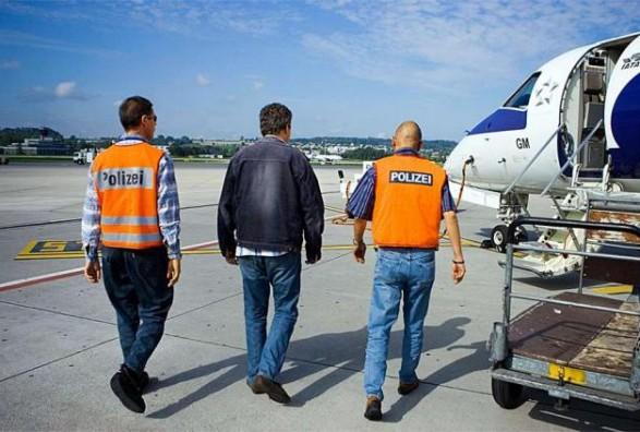 Zvicra nuk mundet t'i dëbojë qindra të huaj që kanë shkelur ligjin