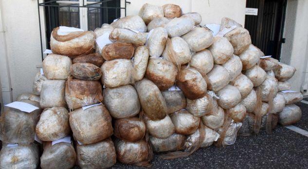1.6 ton drogë e lidhur me kushërinjtë e Saimir Tahirit