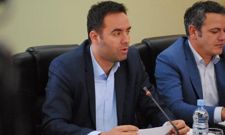 PDK refuzon t'ia lëshojë zyrën Vetëvendosjes