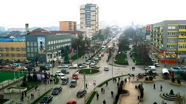 Ndodh edhe kjo në Gjilan: Shoferi e ther tri herë me thikë vetëm pse i stërpiku veturën